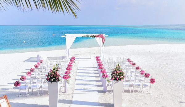 Reasons Why You Should Have Beach Weddings